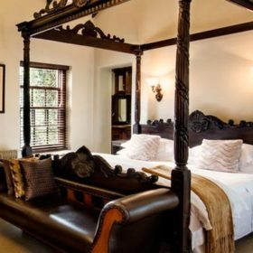 Honeymoon Room-Swellendam Accommodation